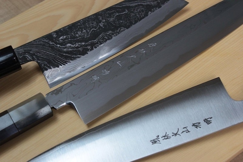The Ultimate Guide for Buying the Best Japanese Knives